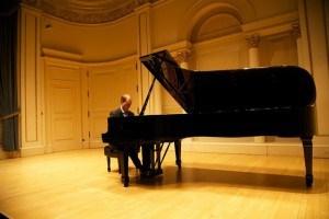 """Musik: Pianist Jean Muller ist mit seinem neuen Album """"Transcendence"""" auf Welttournee"""