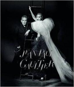 """Jean Paul Gaultier: From the Sidewalk to the Catwalk"". Ausstellung in München."