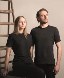 Das Invincible T-Shirt wird von Überlebenden des Rana Plaza Unglücks produziert. © Chiara Bonetti