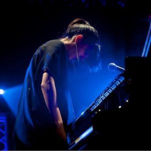 Crossover-Pianistin AyseDeniz kommt nach Berlin. Gewinnen Sie zwei Tickets für das einzige Konzert in Deutschland der türkischen Musikerin