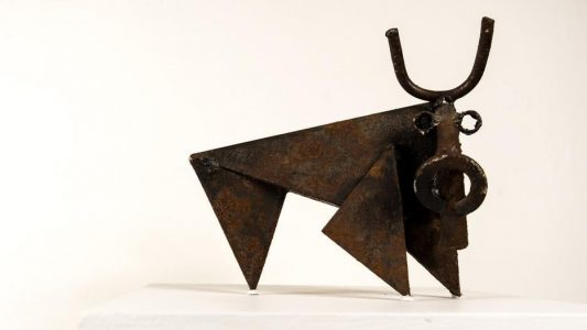 BULL - height 19 cm, iron, 1993