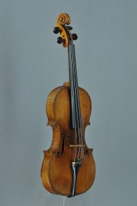 Mozarts Costa-Geige - ©Benjamin Schröder