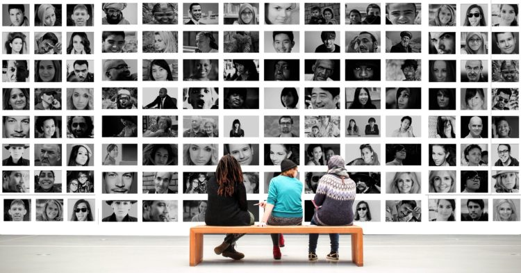 Menschen im Museum. Kolumne von Susanne Falk