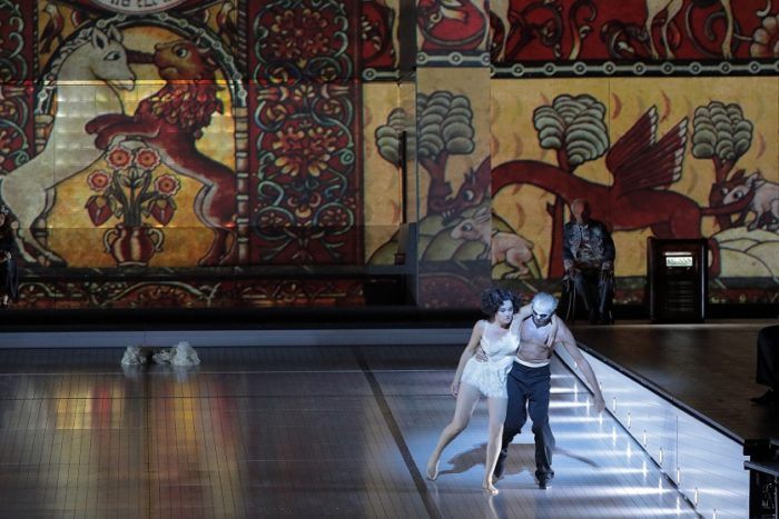 Salomé: Marlis Petersen (Salomé), Pete Jolesch (Tänzer)  © Wilfried Hösl