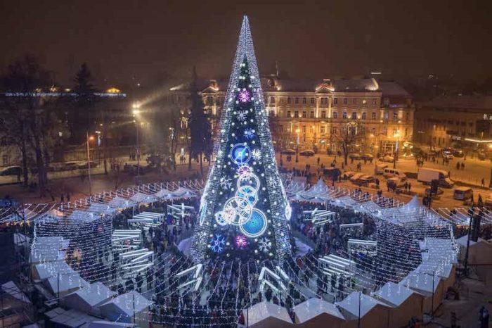 Weihnachtsbaum Domplatz Vilnius
